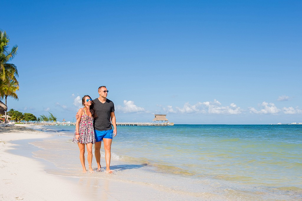 How to Make a Cancun Vacation Romantic