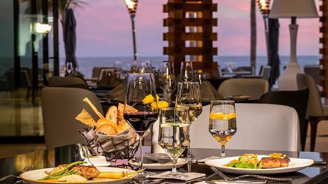 BocaDos STK Restaurant Los Cabos