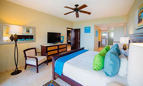 Family Master Suite Two Bedrooms