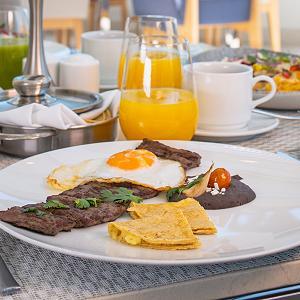 Blanca Blue Restaurant Breakfast
